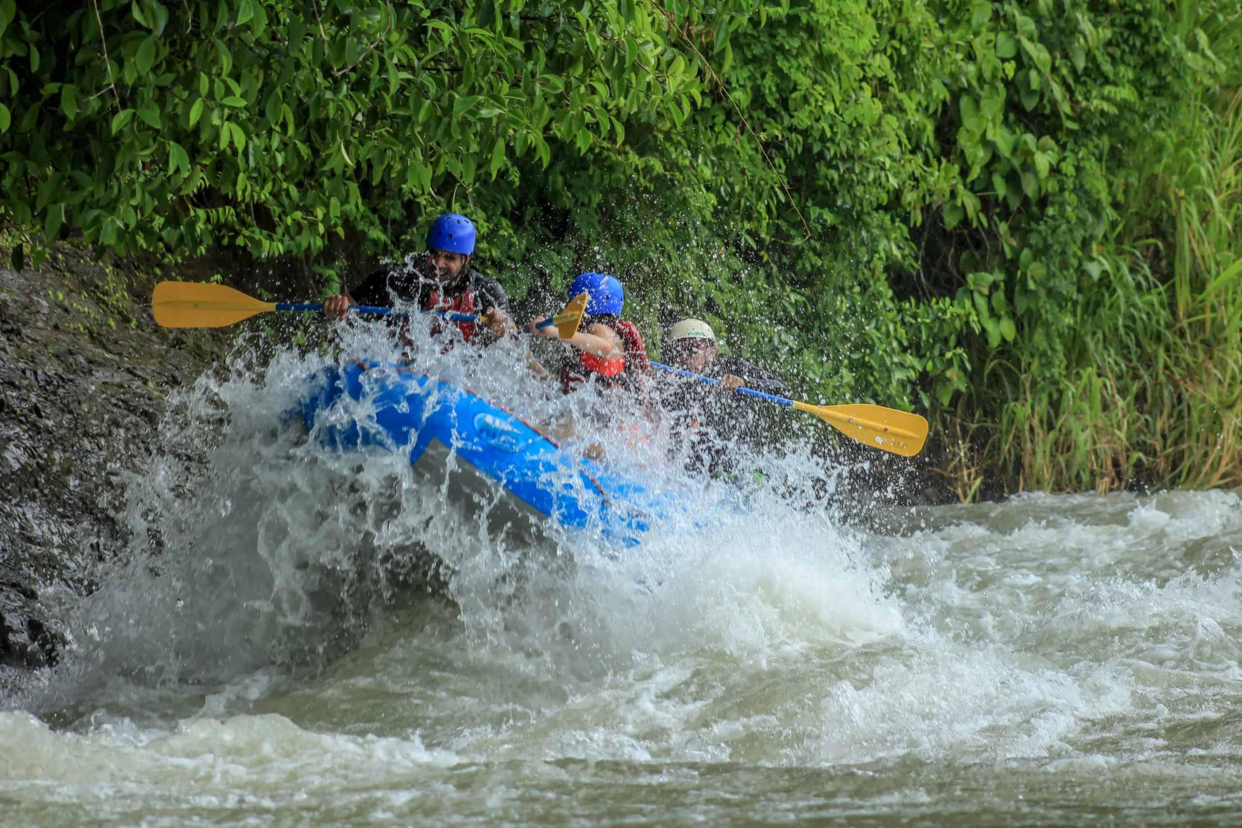 dossier de si/ège arri/ère de rafting pour bateau de p/êche en kayak avec dossier et base antid/érapante. Si/ège de kayak