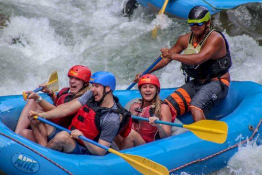 Whitewater Rafting Manuel Antonio Costa Rica Chorro web